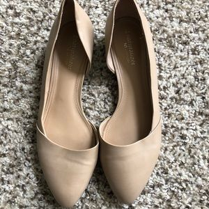 naturalizer nude flats- only worn once! Womens 8.5
